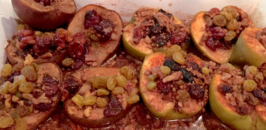 Dishing Out Recipes: Baked Pear and Apple